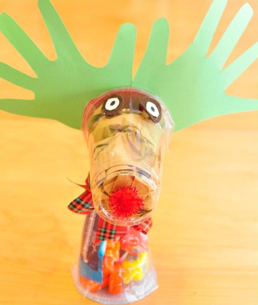 Christmas Tree Made Of Plastic Cups: Christmas Craft Ideas