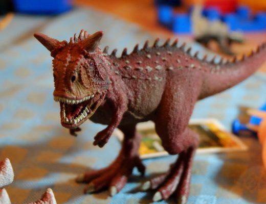 dinosaur play for kids