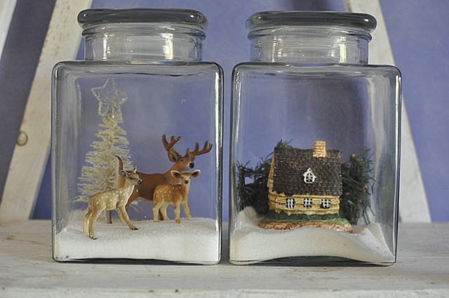 Christmas reindeer scene in a jar