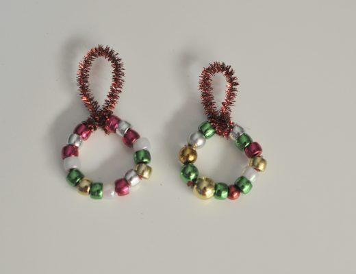 Christmas Crafts- Simple Bead Wreath Decoration