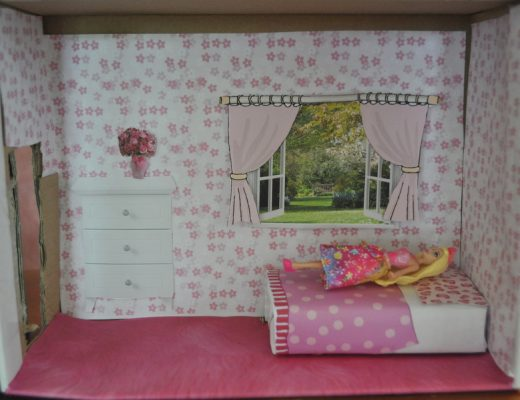 How to make a small doll bed