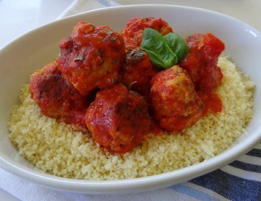 Cheesy Meatballs - this recipes makes a huge amount so you can make and freeze ahead of time