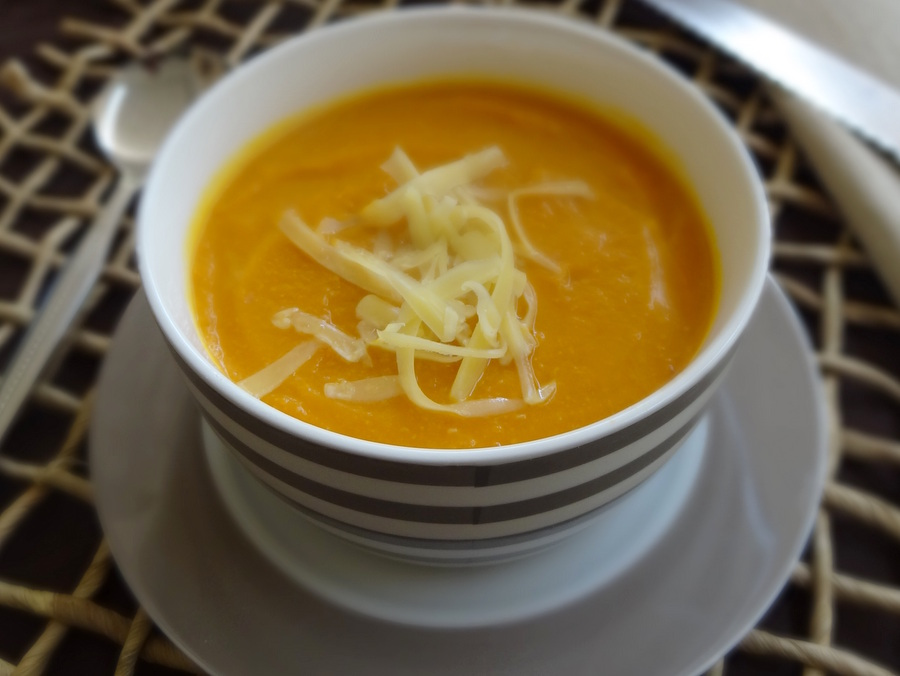 4 Ingredient Pumpkin Soup Recipe