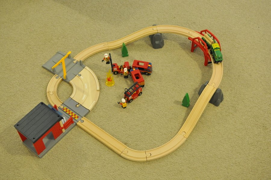 Brio Rescue Set Review - Setting it Up