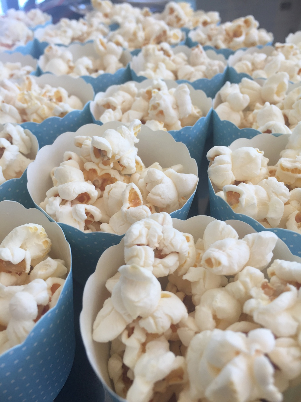 How To Host A Frozen Inspired Birthday Party Be A Fun Mum