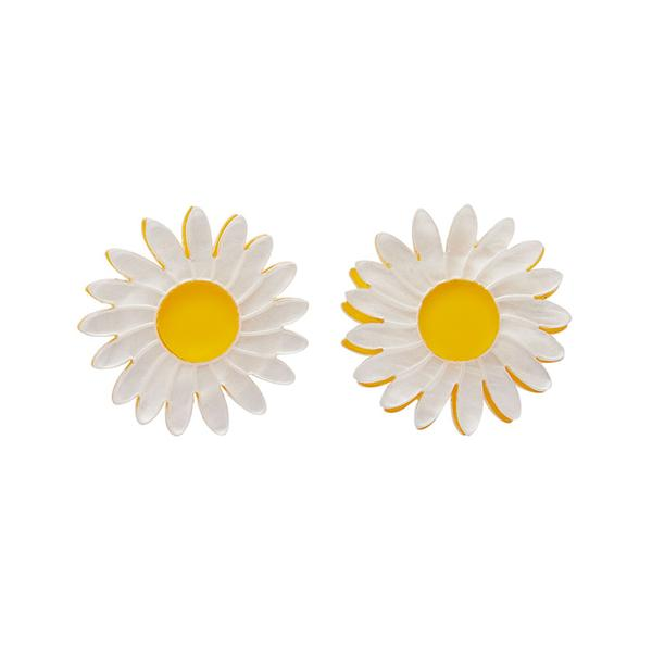 erstwilder-daisy-earrings-white-model_600x