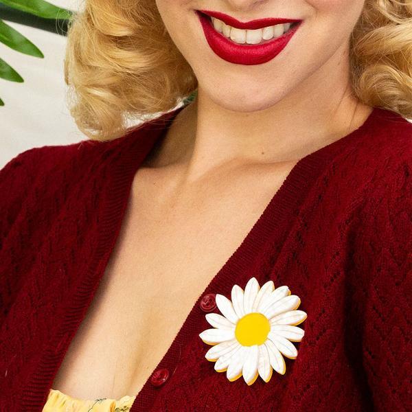 erstwilder-daisy-brooch-white