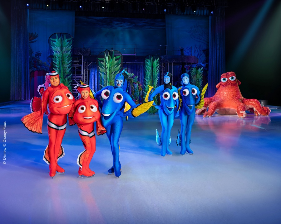 Dory finds her family with help from friends along the way - Disney on Ice