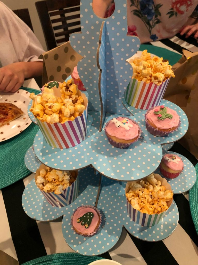 Tween party food