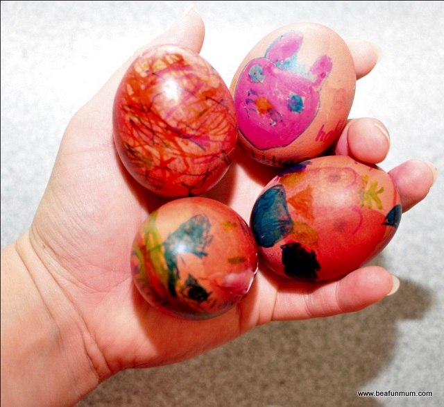 Decorating Easter Eggs 28 Images 26 Creative Egg Decorations And Ideas For 30