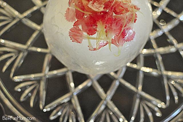 flower ice sculpture