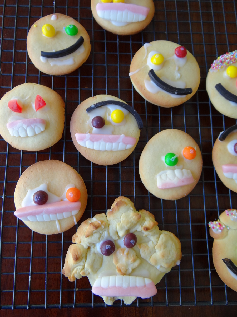 Mummy Halloween Cookie