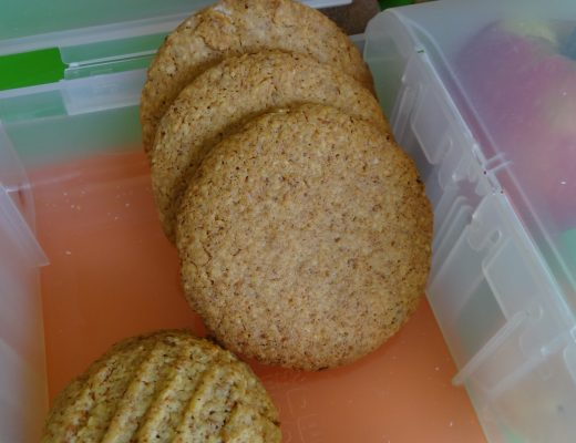 Great for the lunch box - Oat and Bran Cookies