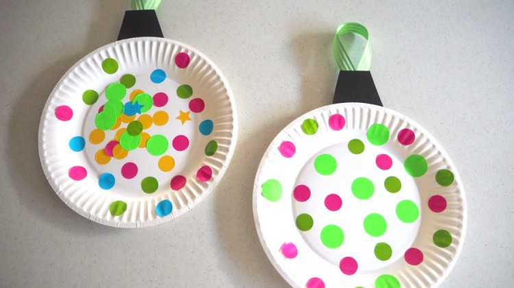 Paper Plate Christmas Bauble Craft
