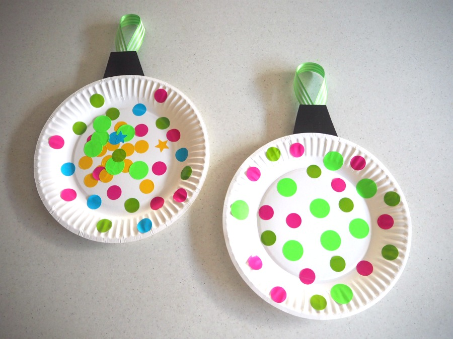 Paper Plate Christmas Bauble