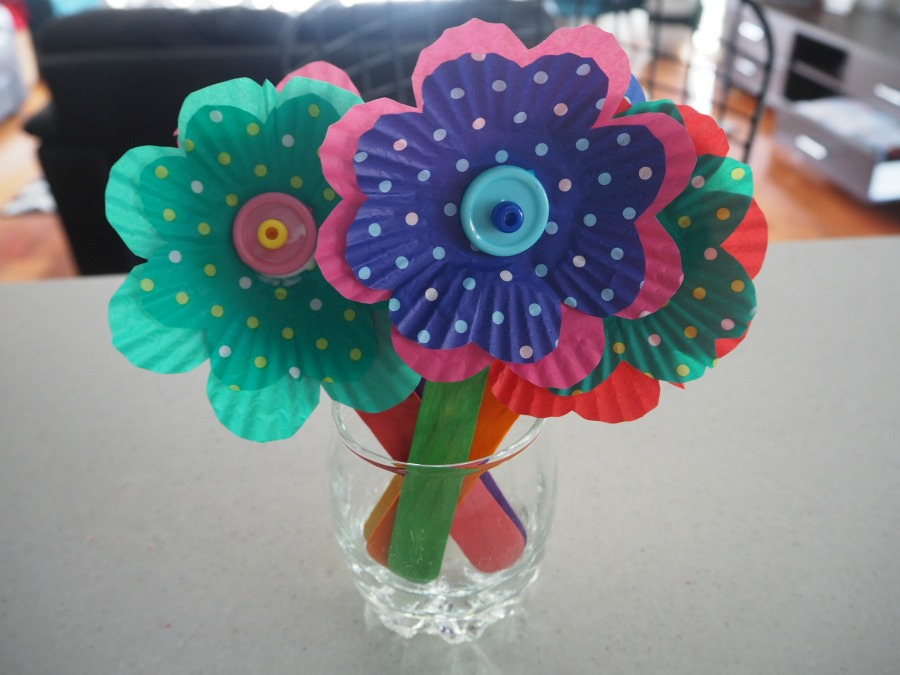 Easy Cupcake Case Flowers Craft