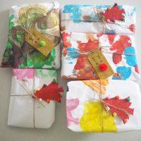 Easy Pom Pom Christmas Gift Tags