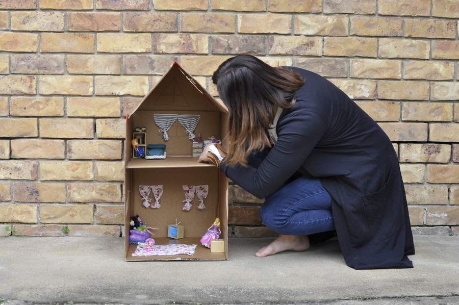 How to turn a box into a doll house