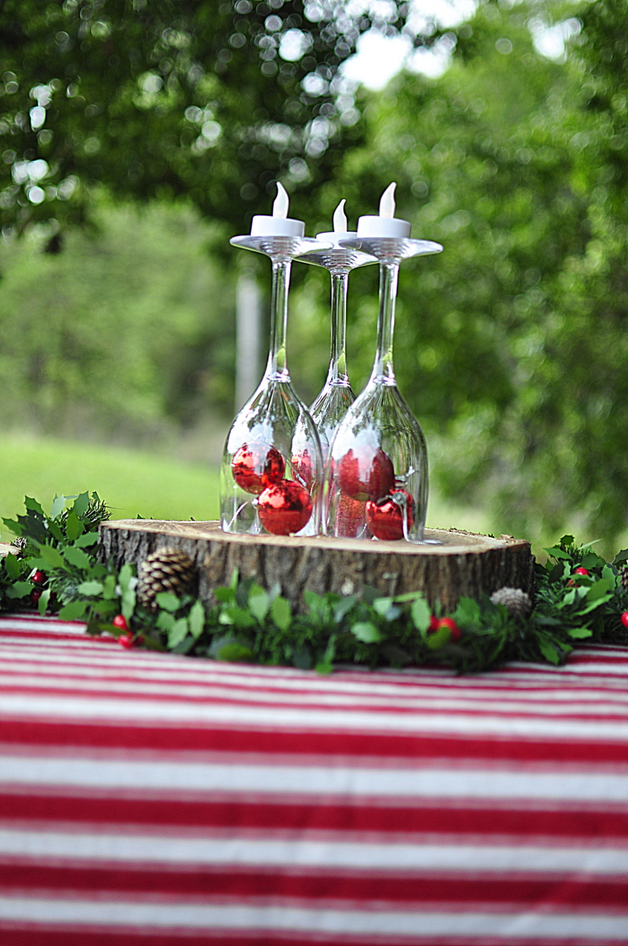Woodlands Christmas Table Set Up