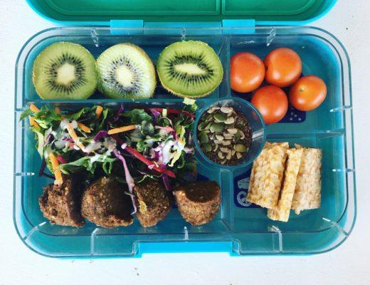 Yumbox Tapas Lunch Box Review