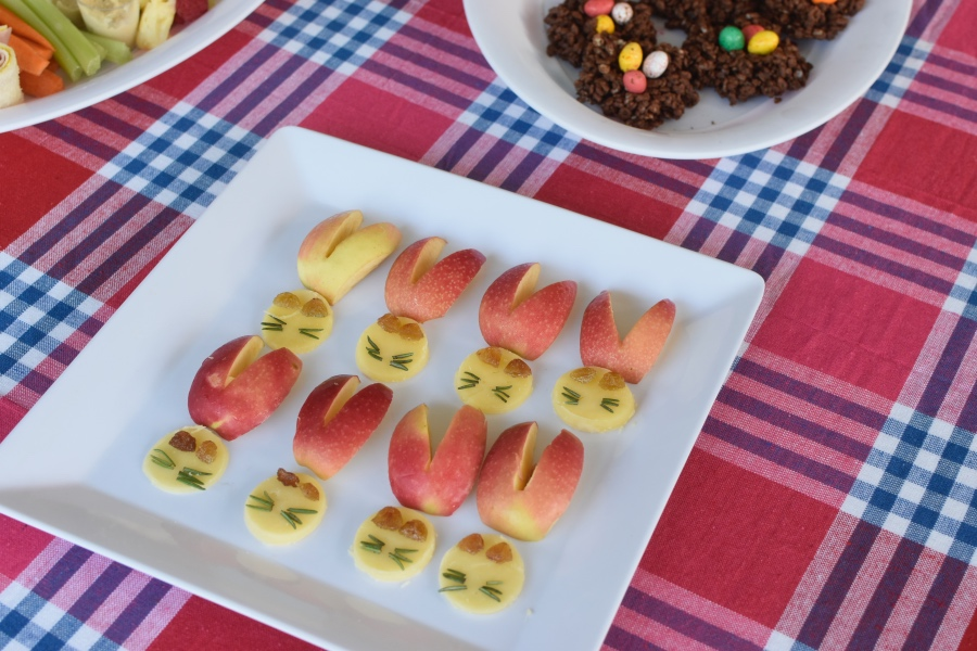 Easter Food Ideas - Bunny ears apple