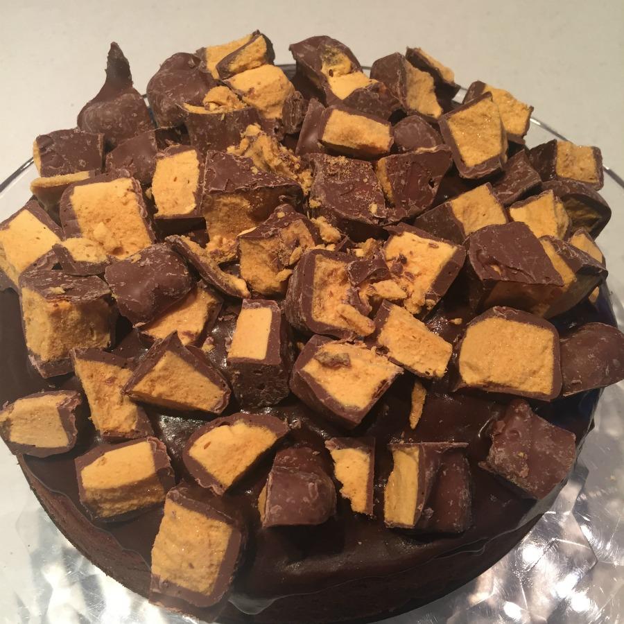 Honecomb Crunch Cake