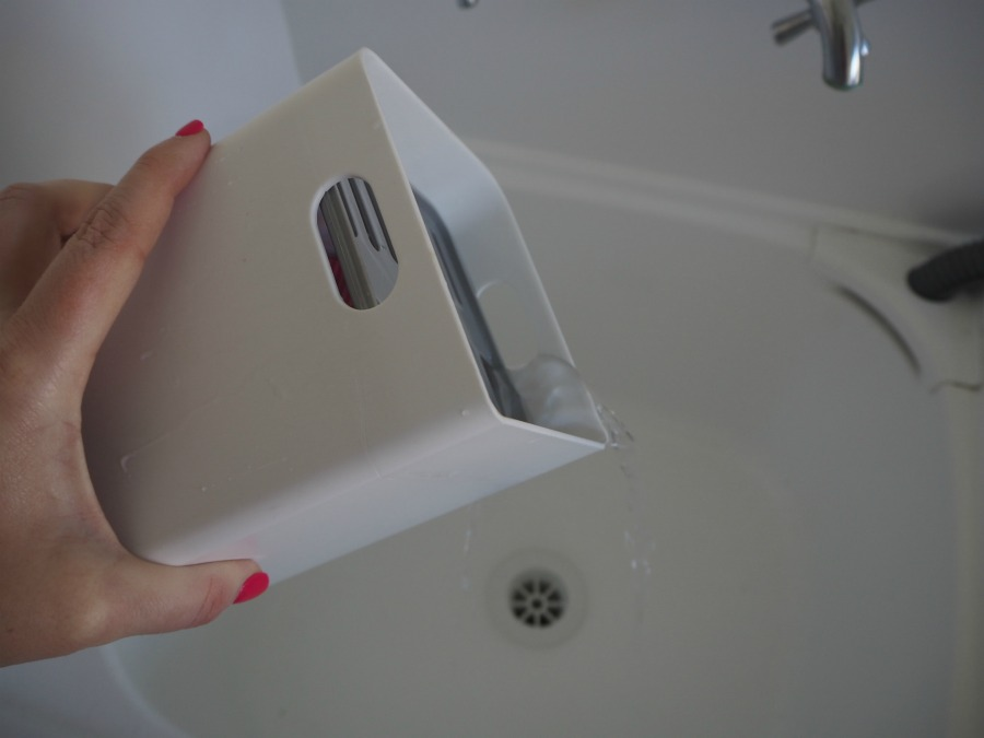 draining soka tub