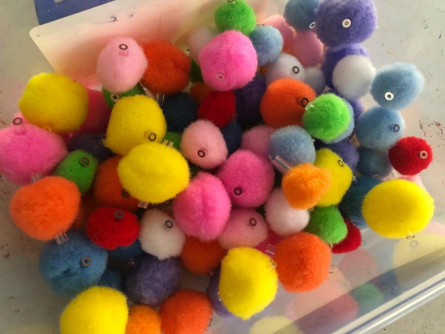 pom pom beads