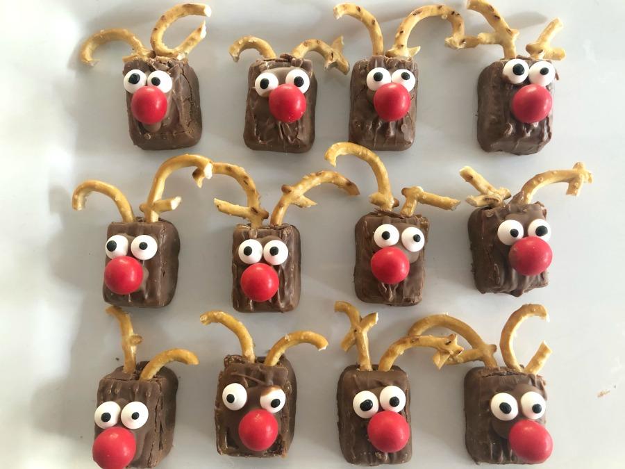 Easy Rudolph Treats