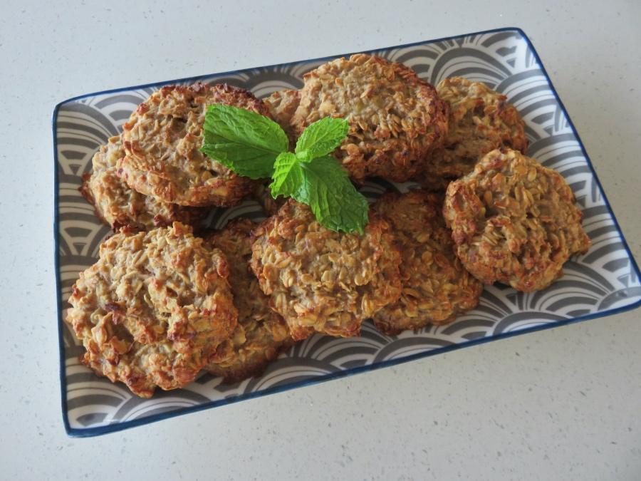 gluten-free-banana-oat-biscuit-recipe