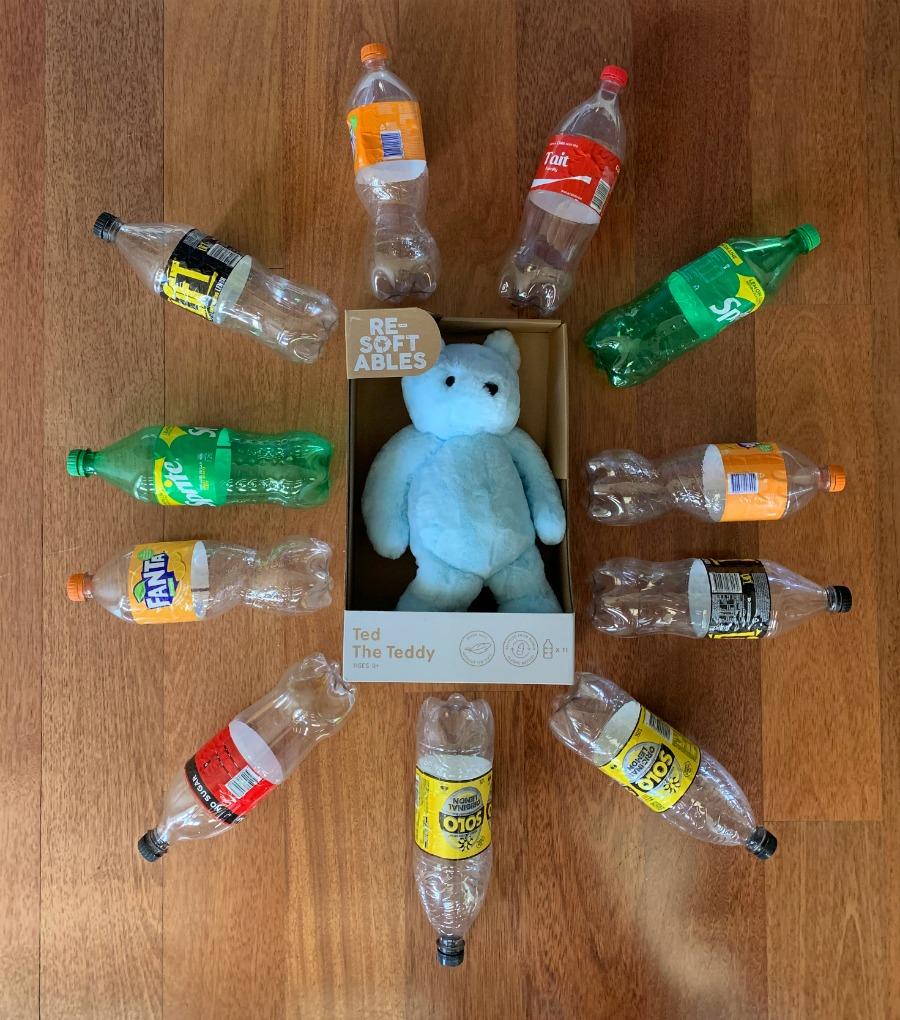 11 plastic bottles make each resoftables toy