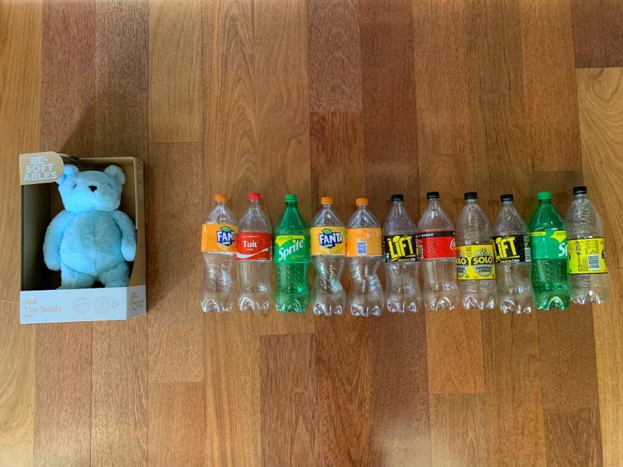 resoftables made from 11 plastic bottles