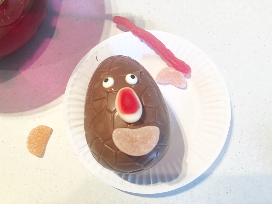 Add faces to chocolate eggs